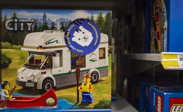 LegoStickering_31072014-1Web