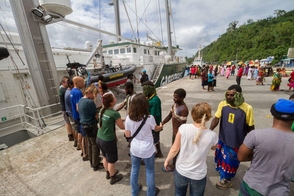 Port Vila arrival welcoming by Vanuatu 18-5-2015 (3)
