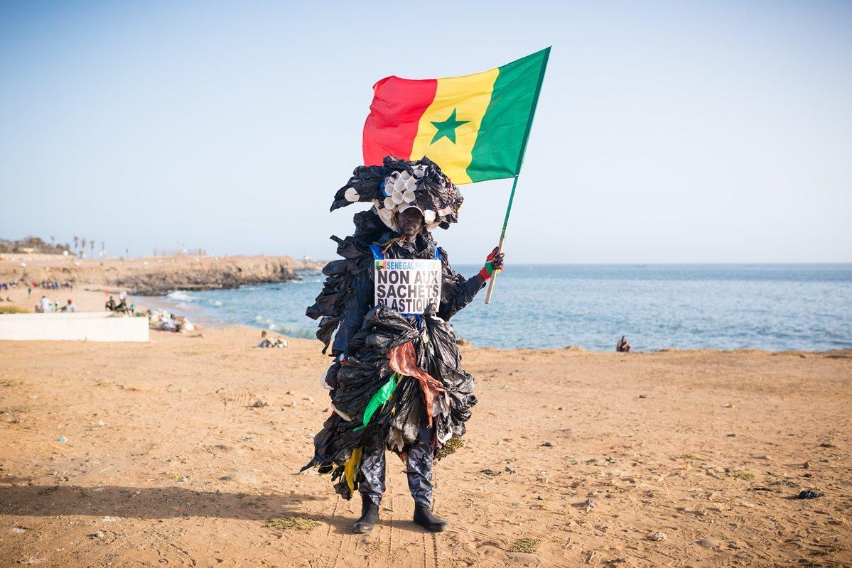 Modou Fall in Dakar © Clement Tardif / Greenpeace