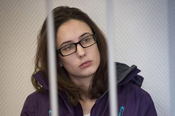 Bail hearing for Greenpeace International activist Alexandra Harris (from the United Kingdom) at the Murmansk District Court . © Dmitri Sharomov / Greenpeace