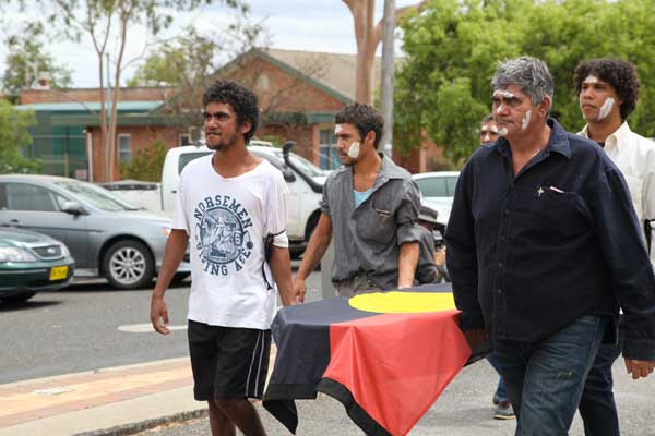 A Gomeroi ceremony in Gunnedah… traditional owners of the area have been strong supporters of the protest action. Pics courtesy of the FLaC website.