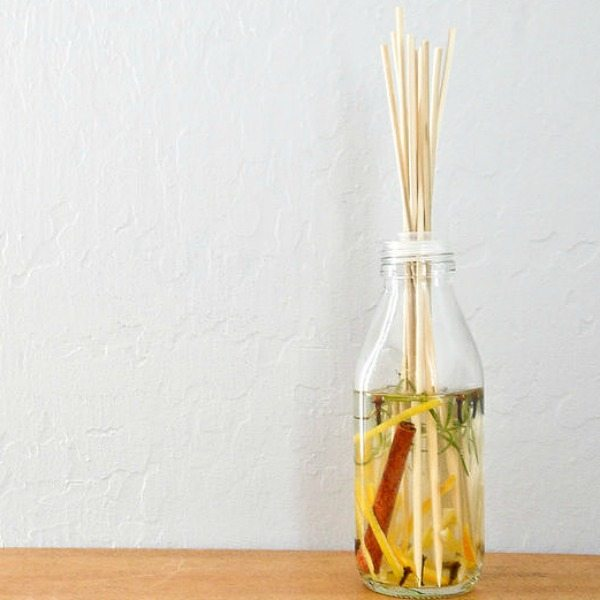 Bamboo-Skewer-Scent-Diffuser