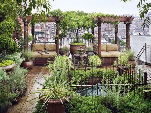 Rooftop garden in Chelsea, New York City, USA
