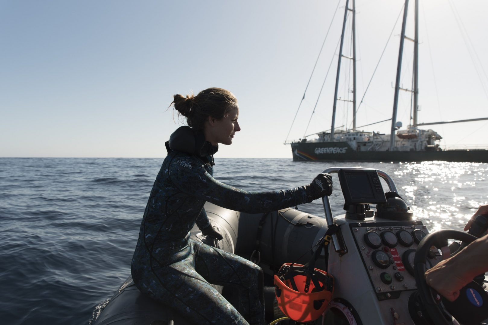 Underwater photographer Mikaela Skovranoa heading back to the Rainbow Warrior III after a dive in the Great Australian Bight